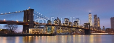 Brooklyn bridge at dusk, New York City. 97840620