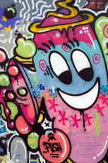 Graffiti z happy twarzy 24621708