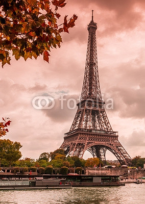 Tour Eiffel à Paris 94987867