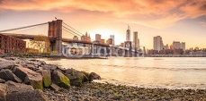 Brooklyn Bridge at sunset 82883726
