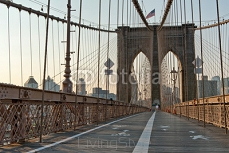 Pedestrian walkway, Brooklyn Bridge, New York 99614113